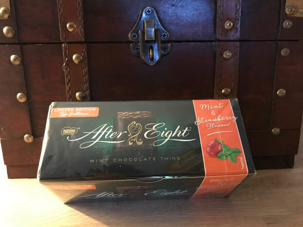 After Eight : Limited Edition Strawberry